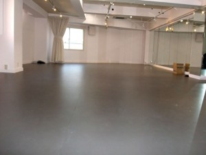 スタジオよもだ レンタルスタジオ・レンタルスペース 新フロア工事020502