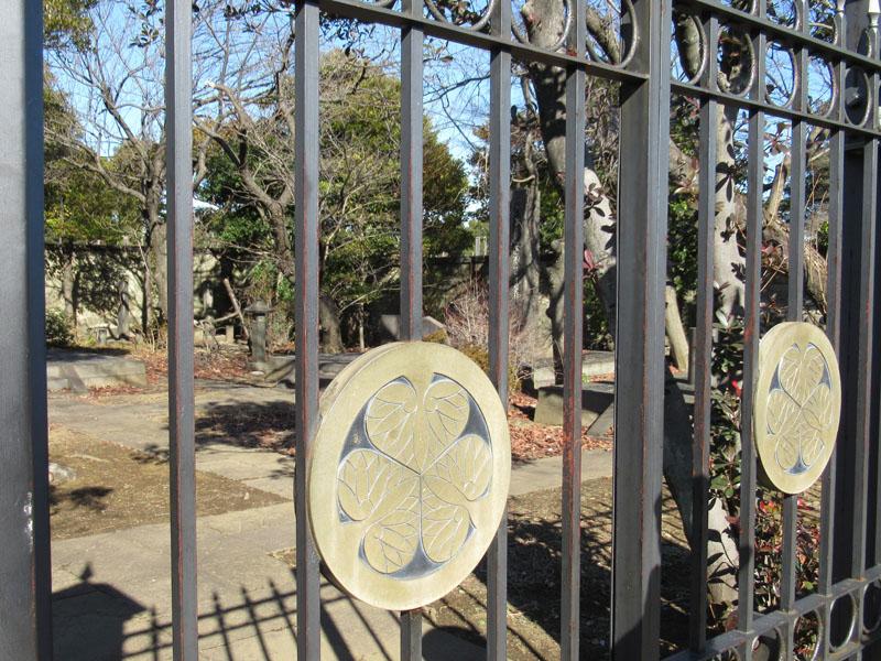スタジオよもだ → 徳川慶喜墓 谷中霊園