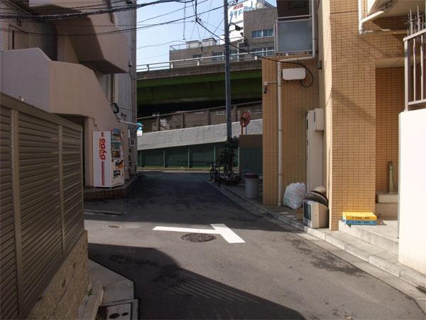 スタジオよもだ → イナムラショウゾウ 上野