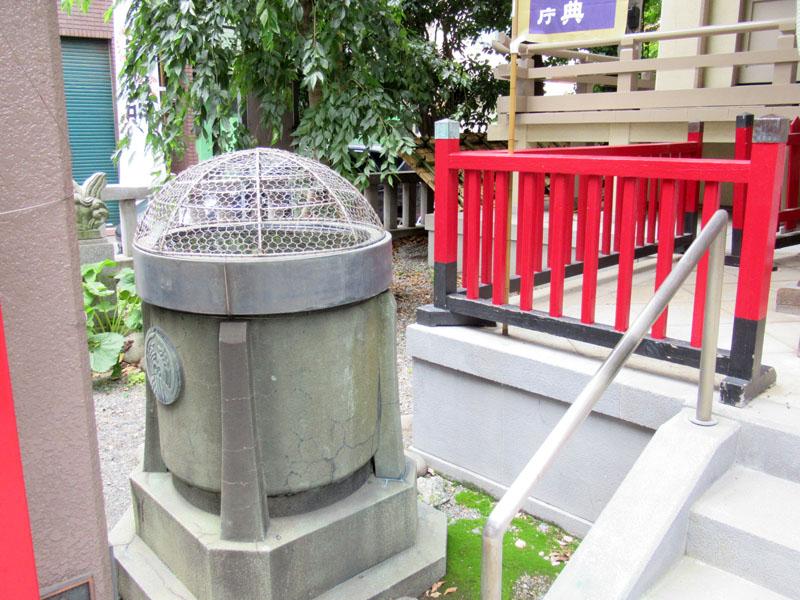 スタジオよもだ → 矢先稲荷神社 田原町