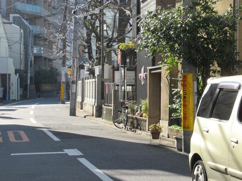 スタジオよもだ → 七倉稲荷神社 池之端